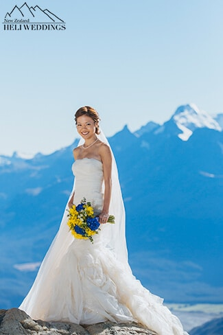 Pre Wedding Photography Queenstown in snow