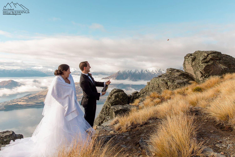 The Ridge,Beautiful mountain Wedding in New Zealand, destination elopement wedding