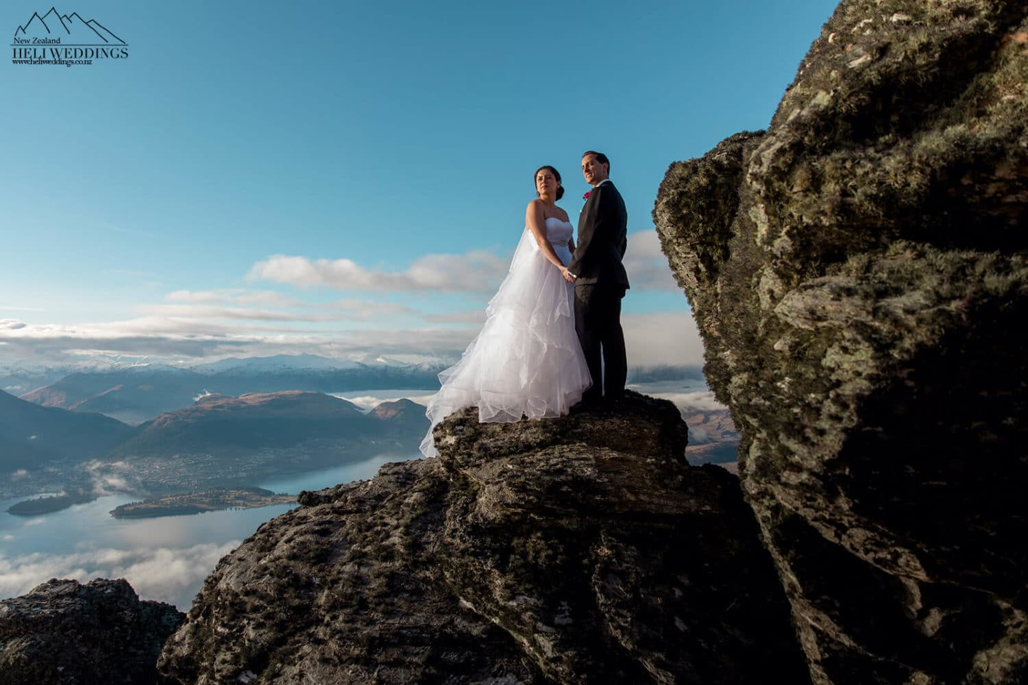 Beautiful mountain Wedding in New Zealand, destination elopement wedding