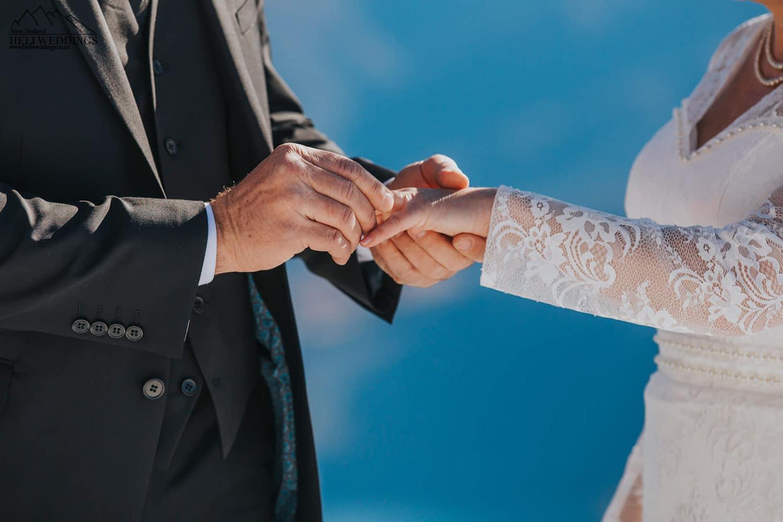NZ Winter Wedding,Mountain wedding ceremony in the snow, Queenstown Wedding