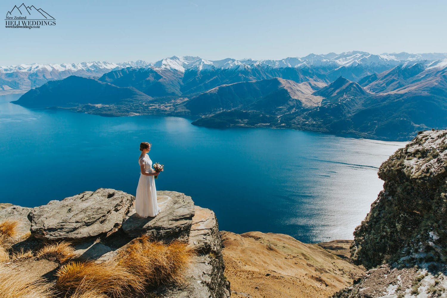 Bride on the ledge in Queenstown