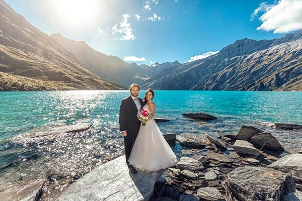 Heli Wedding at Lochnagar, Wedding photography at Lochnagar Queenstown
