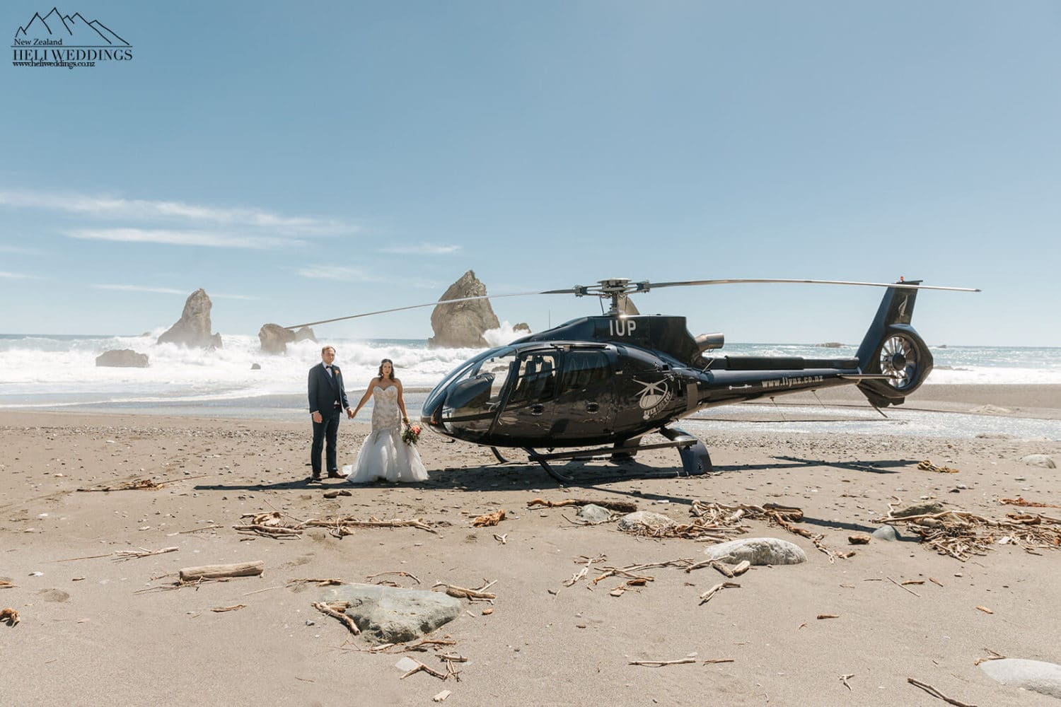 Heli Wedding on the beach outside Milford Sounds New Zealand