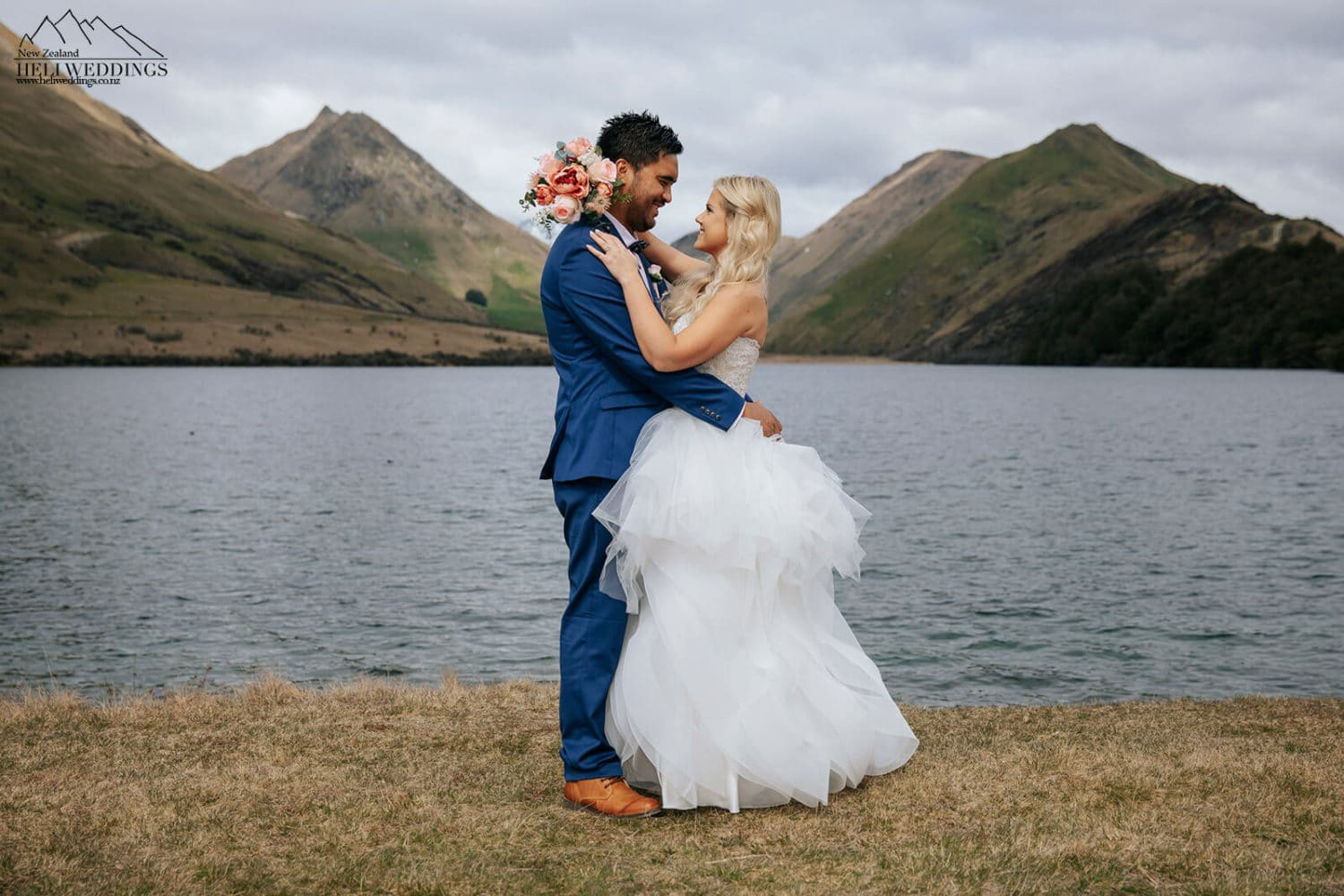 Wedding ceremony and wedding photography at MMoke Lake Queenstown