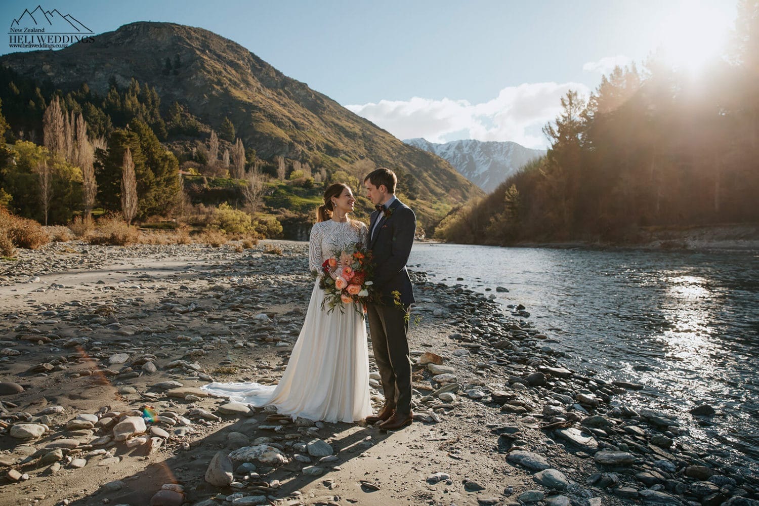 Golden hours wedding In Queenstown