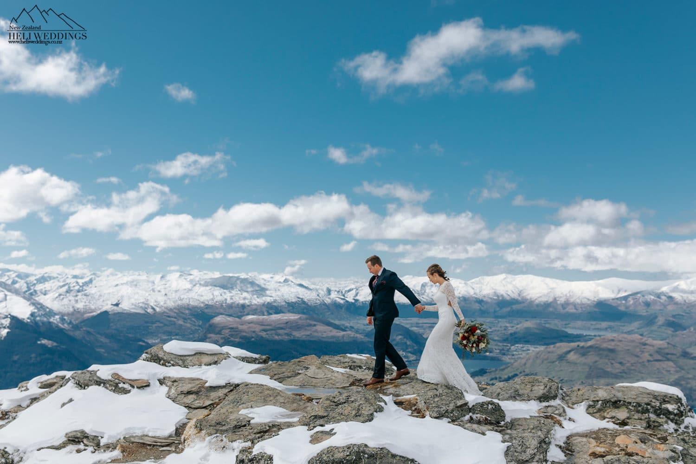 Queenstown elopement wedding walking in the snow