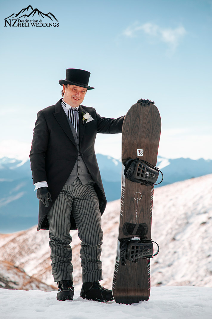 Wedding with snowboards in Queenstown