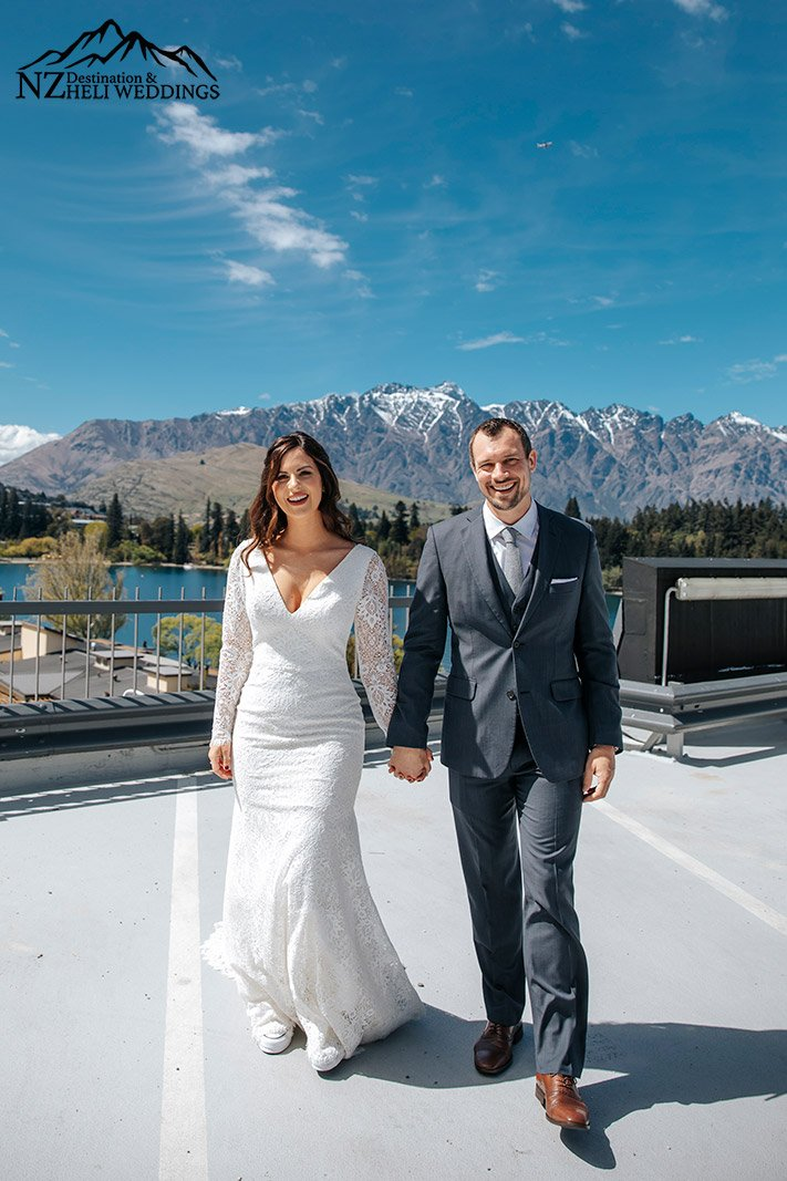 Wedding first look at The QT hotel Queenstown