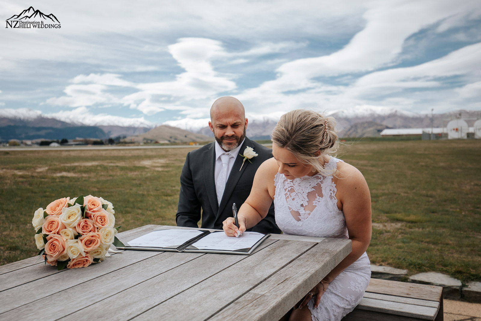 Small Queenstown Wedding, signing the licence