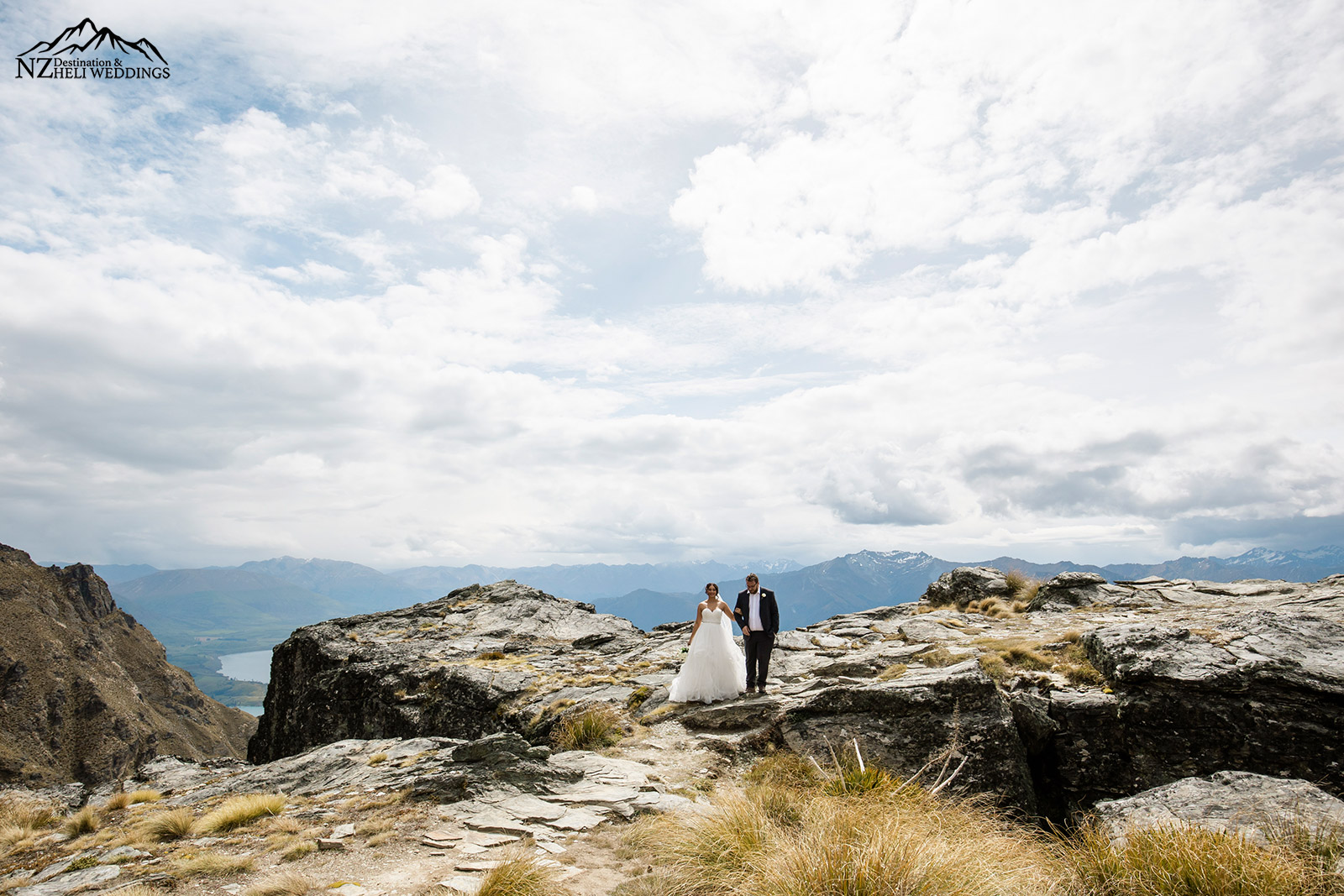 Heli Wedding Photography on The Ledge I'm Queenstown
