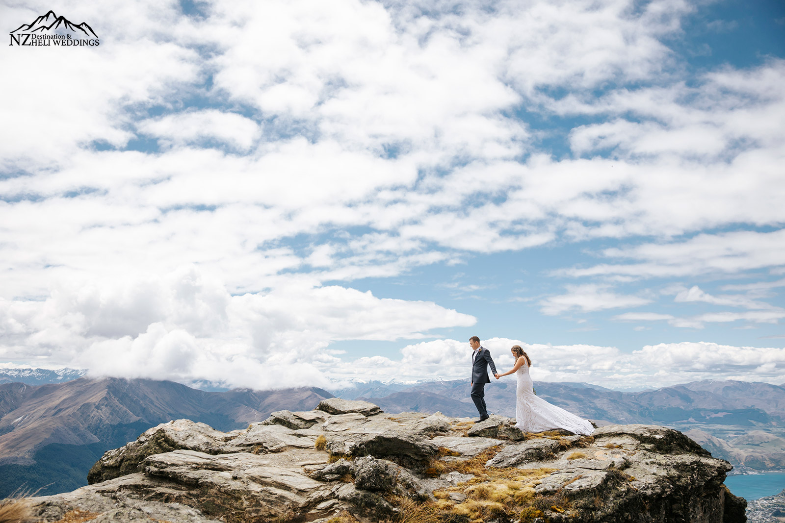Queenstown Elopement wedding on the ledge