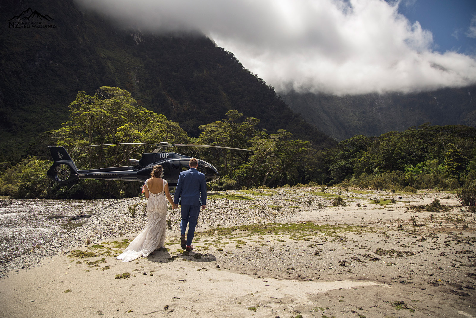 Secret wedding location by helicopter