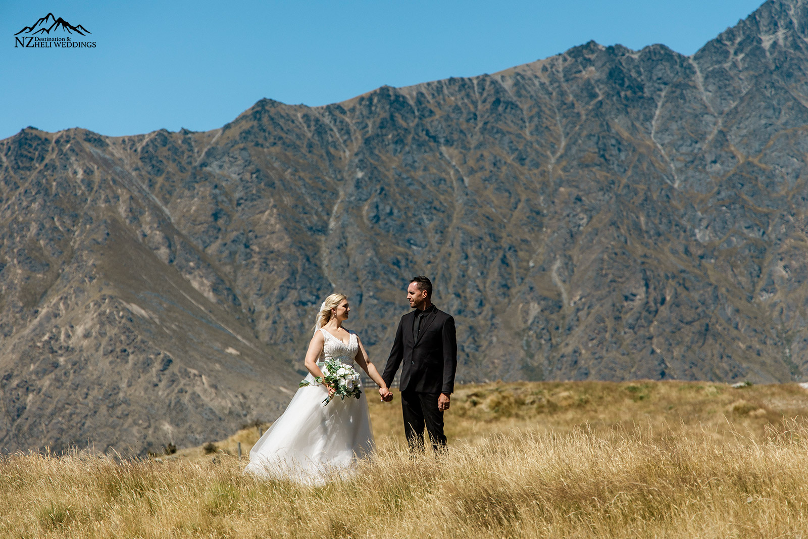 Queenstown intimate family wedding on deer park heights