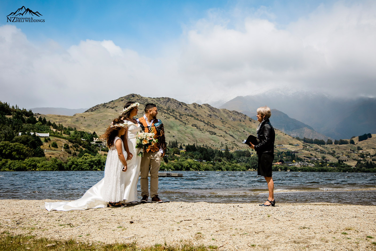 Queenstown wedding at Lake Hayes Queenstown