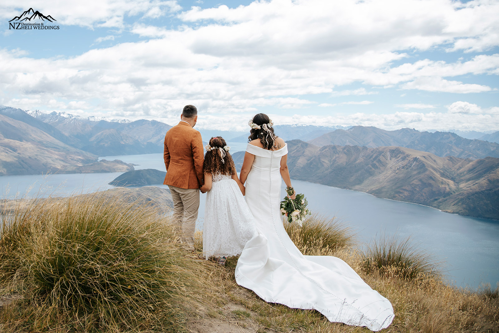 Intimate family wedding on Coromandel Peak