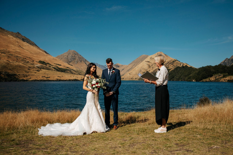 Lake Side wedding in Queenstown